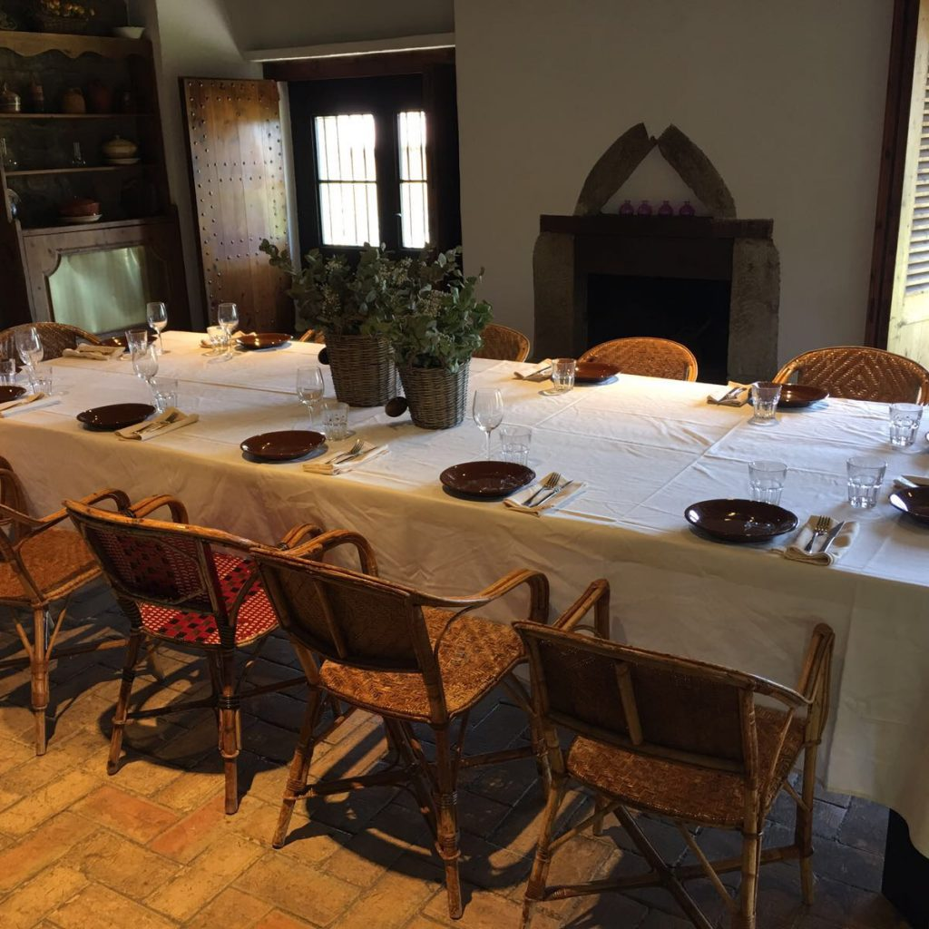 Dinar Familia Espai Gastronomia